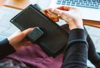 Tips merawat dompet wanita